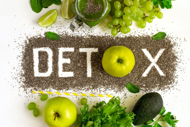 13 spôsobov, ako zahrnúť detox do každodenného života